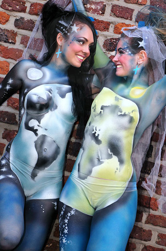 Full Body Painting Live